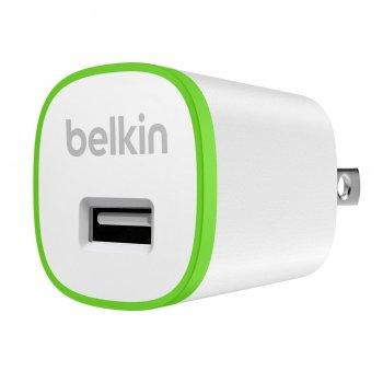 Belkin F8J013VFWHT cargador de dispositivo móvil Interior Verde, Blanco