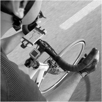 Celly Easy Bike Teléfono móvil smartphone Negro Soporte pasivo