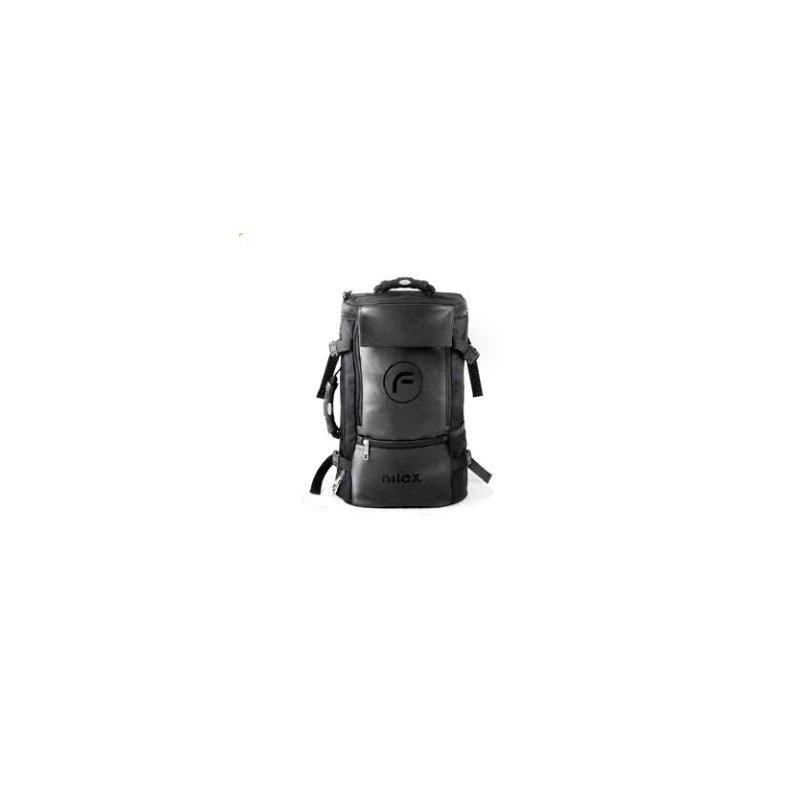 "Nilox NXFGHTRK0001 maletines para portátil 39,6 cm (15.6"") Mochila Negro"